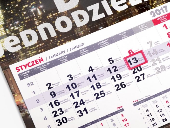 Jak spersonalizować kalendarz?