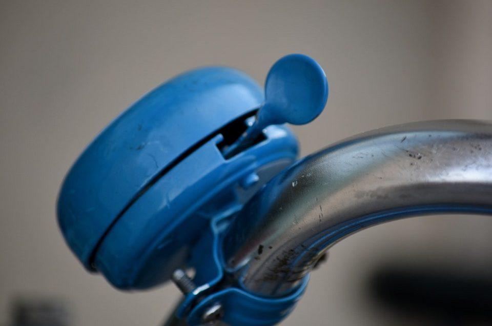 Druk w kolorach tęczy: niebieski i jego znaczenie